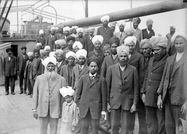 gurdit singh with passengers